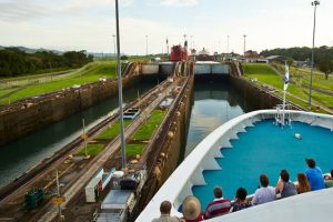 Bachelor-Party-Panama-Canal-Tour