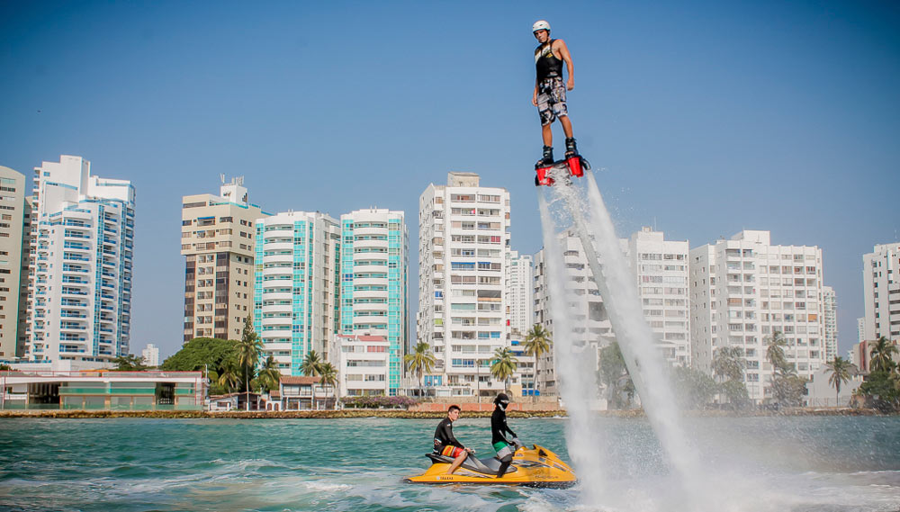 Cartagena-bachelor-party-what-to-do-flyboard-water-sports.jpg