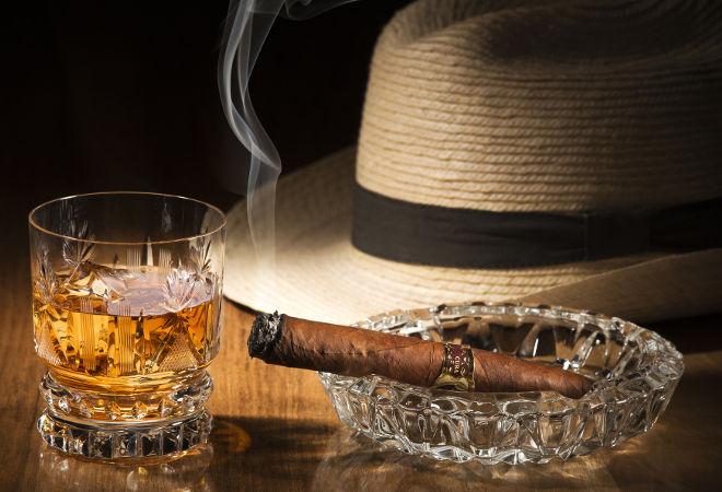 Rum-Cigar-Tasting-Tour-Bachelor-Party-Cartagena